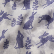 Hare Scarf - Navy and White Detail
